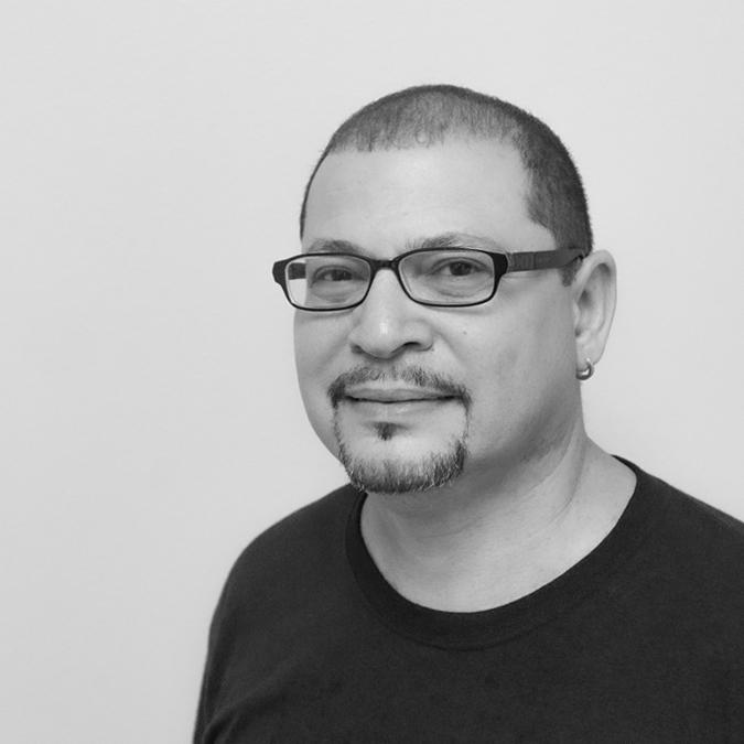 Luis Molina Headshot