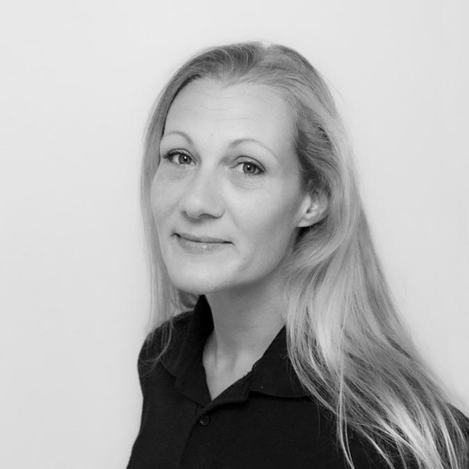 Melissa Crow Headshot
